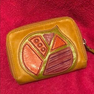 Cute Fossil leather wallet!